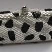 Kabelka vzor biela a čierna luxusný šperk